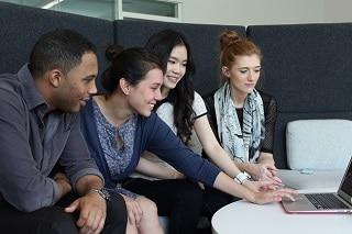 Mit Teamarbeit im Social Intranet Collaboration verbessern