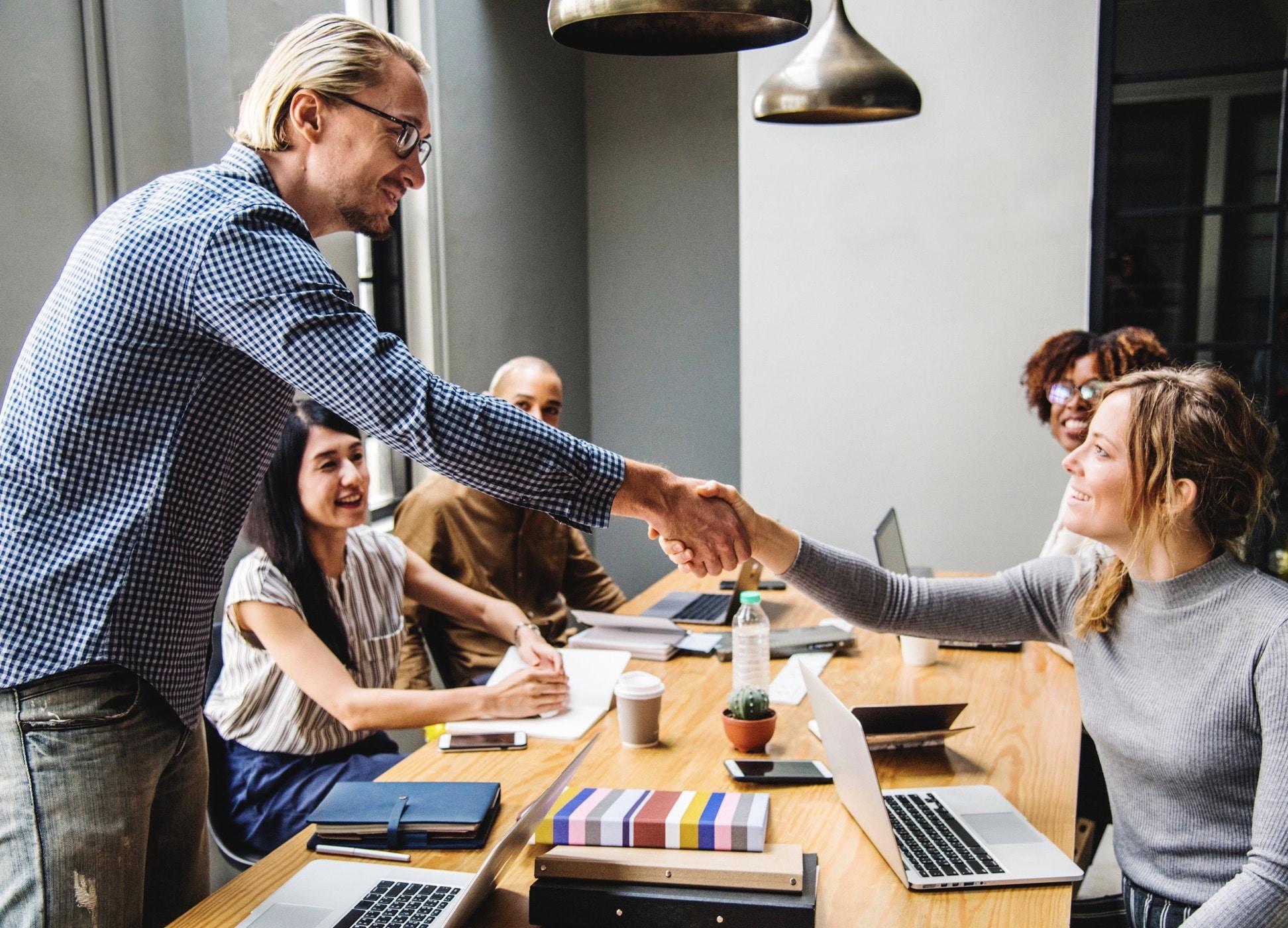 Wie Sie mit Social Collaboration Talente gewinnen und halten